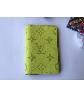New Louis Vuitton pocket organizer M30318 green Taigarama Jaune monogram