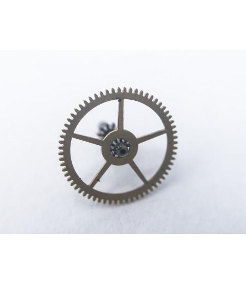 Rolex caliber 1210 center wheel with cannon pinion part 7504