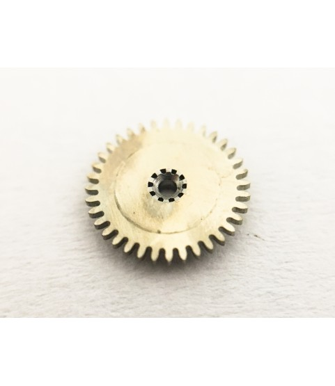 Eberhard & Co caliber 16000 (Valjoux 65) minute wheel part 260