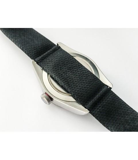 Tudor Heritage Black Bay 79220R steel diver red watch 41mm