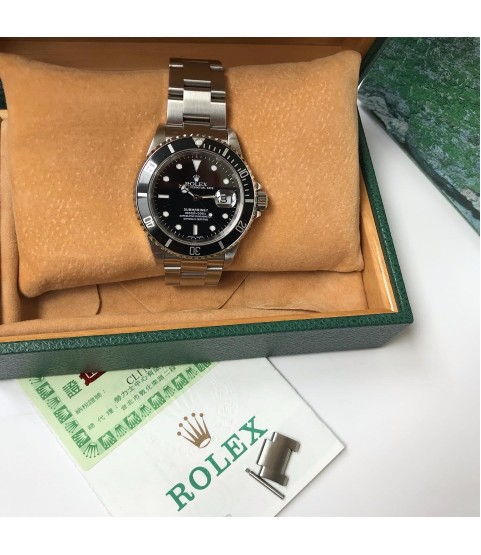 Rolex Submariner 16610 men's watch Z serial 2001 full set